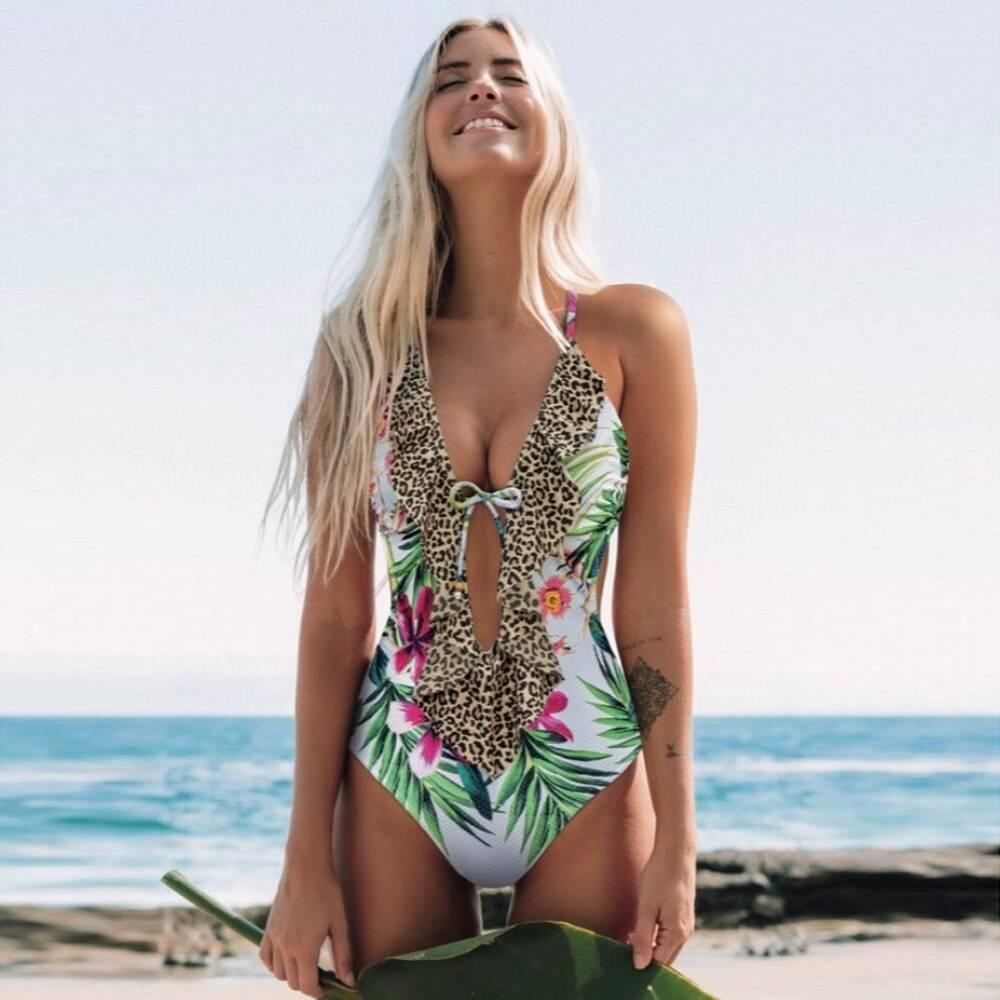 2021 Print Monokini Swimsuit New Arrival  Sexy Women One Piece Swimsuit Ruffle V Neck Backless Beach
